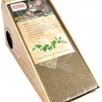 Incline cardboard scratcher
